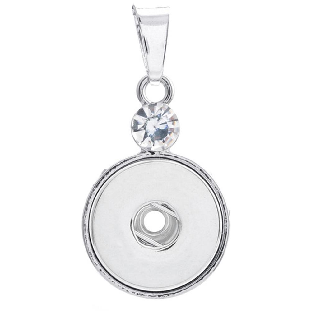 Round snap button pendant with a crystal